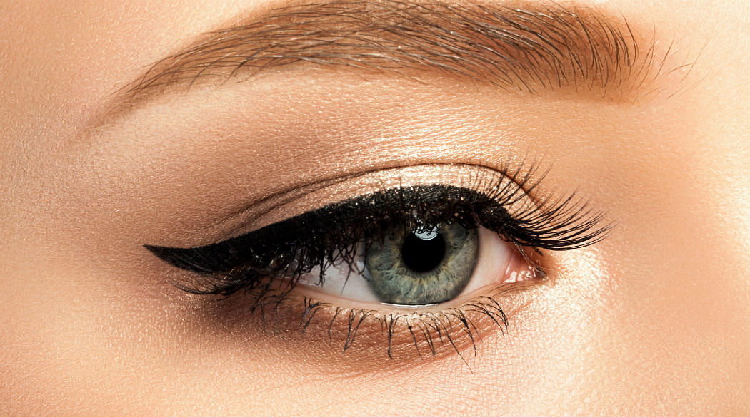 The Best Smudge-Proof Eyeliners That Will Last You The Whole Day - Featured