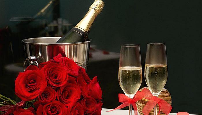 10 Best Restaurants For A Romantic Dinner on Valentine's Day
