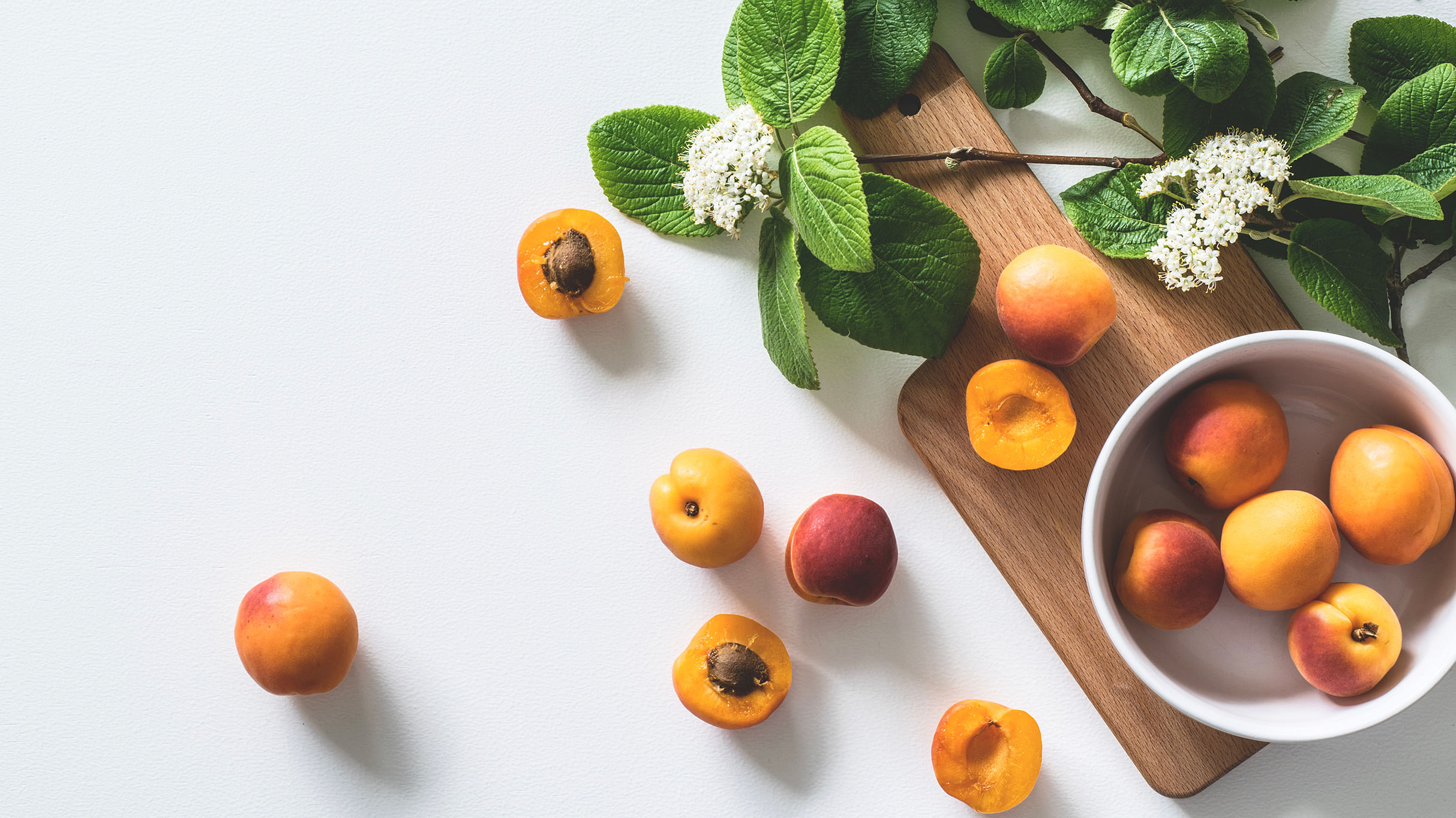 heaty foods to avoid, apricot