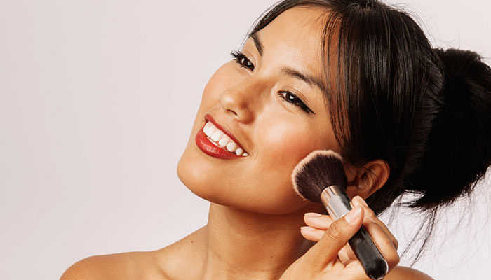 The Best Sweatproof Makeup That Will Last You Through An Entire Day of CNY Visiting