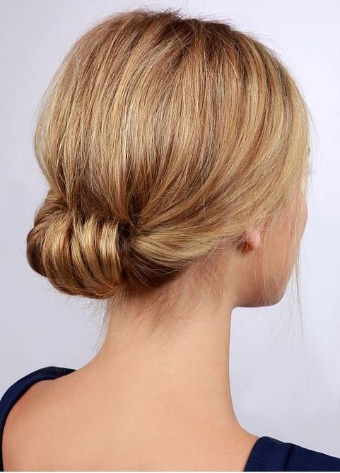 15 Quick And Easy Office Updos For Those Busy Mornings The Singapore Women S Weekly