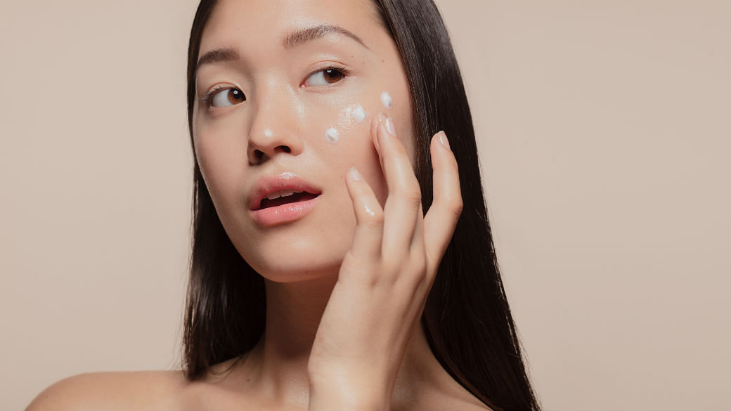 Everything You Need To Know About Hyaluronic Acid Skincare - Featured