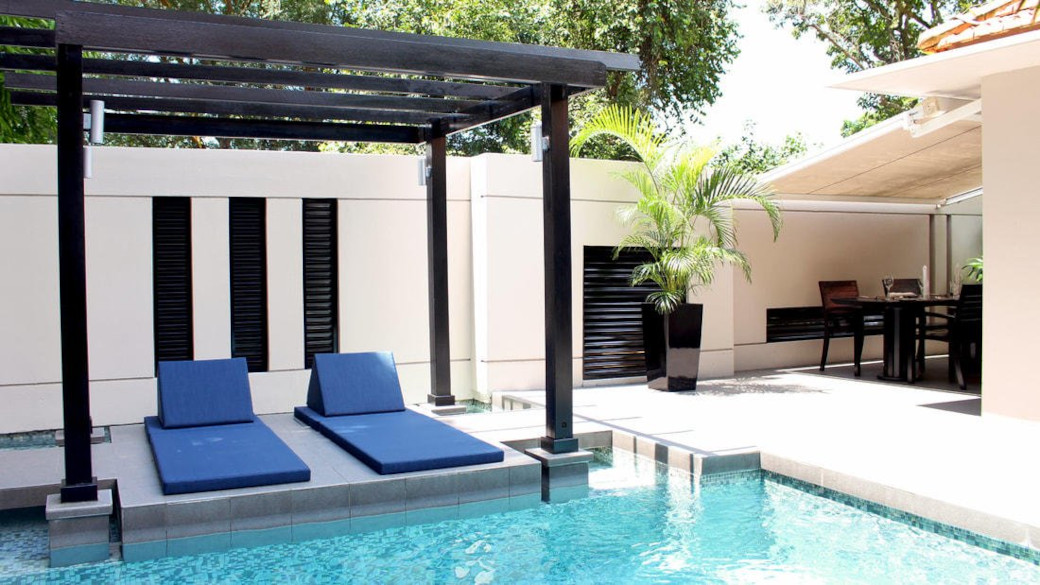 10-Hotel-Rooms-With-Private-Pools-For-Romantic-Staycations-In-Singapore-Amara-Sanctuary-Villa-Escape-Villa-Pool