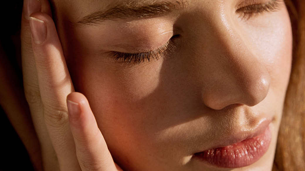 Get Rid Of Blackheads With 15 Proven Tips