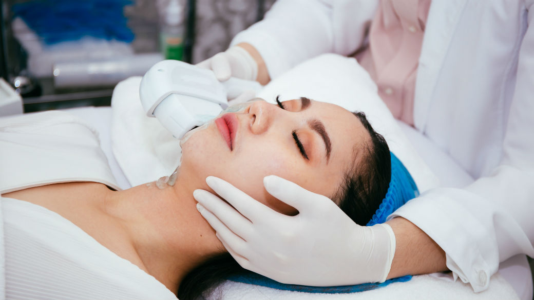 Wuhan Virus- Should You Go For Facials And Spa Services-Featured
