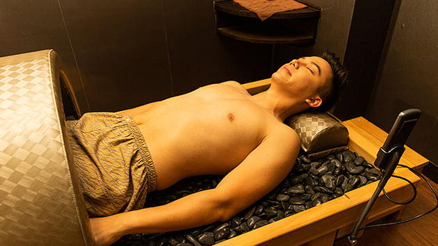 Hot Stone Spa ($145 with Spa Admission, 60 mins)