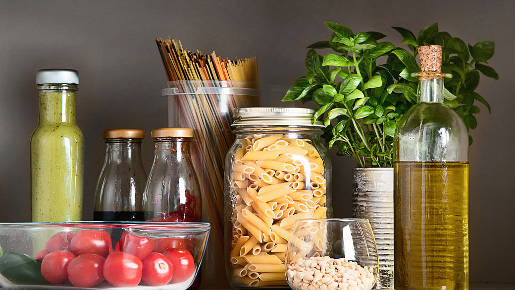 dietitian-tips-10-must-have-foods-pantry