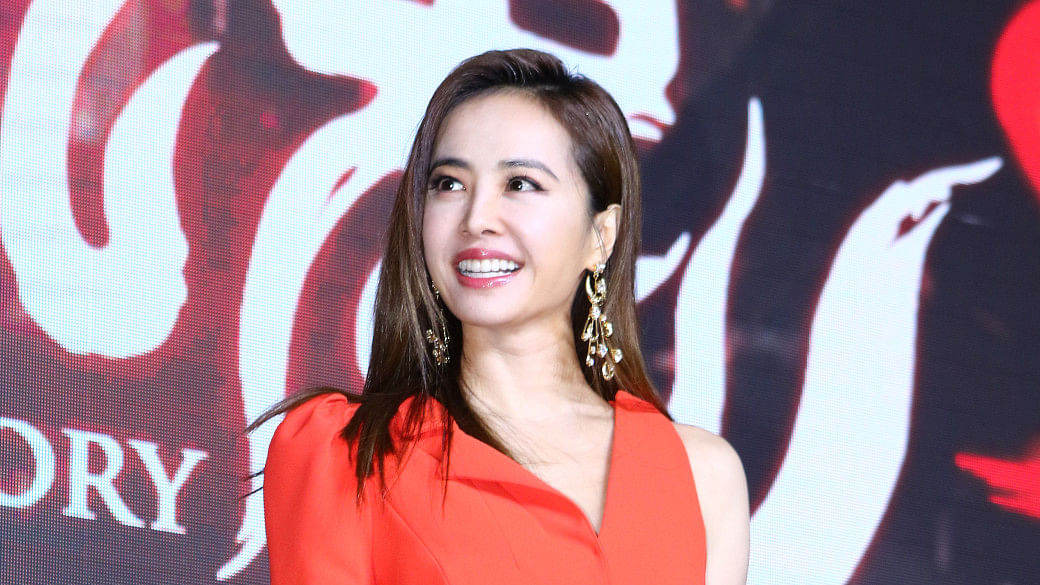 Youthful looking asian celebrities_jolin Tsai