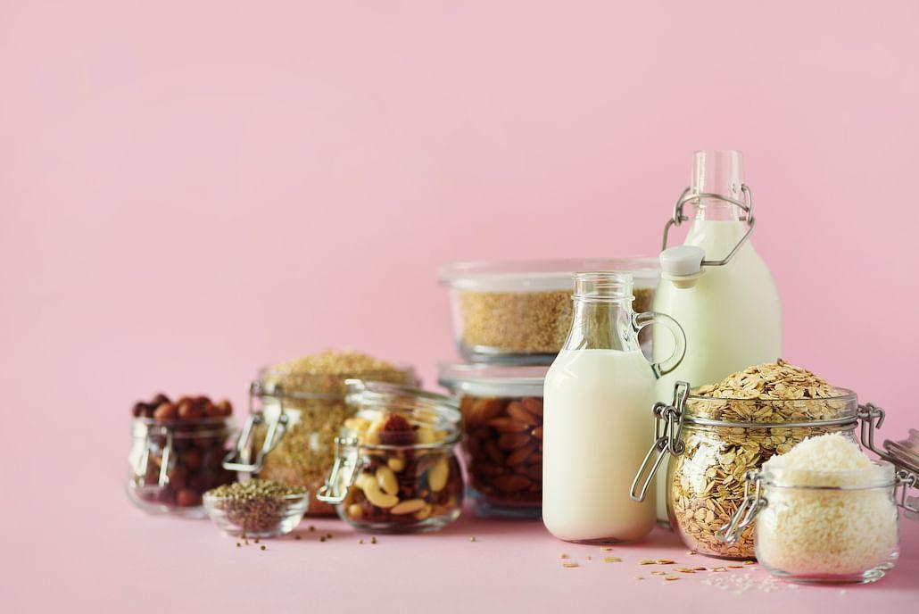 7-best-cafes-restaurants-dairy-free-milk-substitutes-singapore