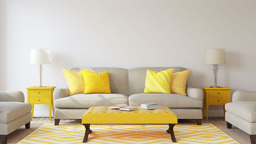 Pantone yellow home