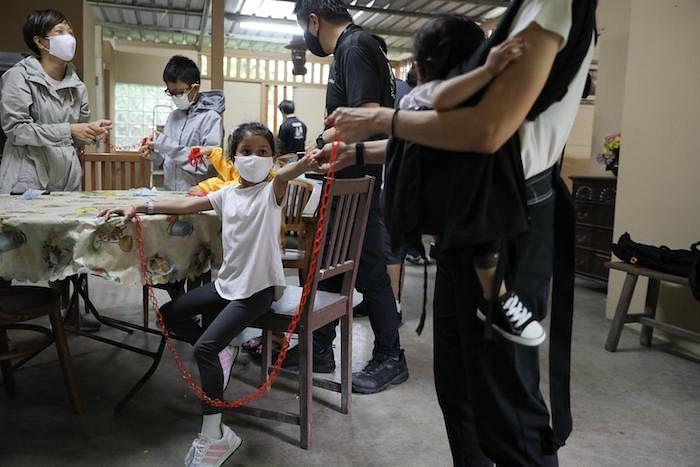 experience-authentic-kampong-life-singapore-lorong-buangkok-2