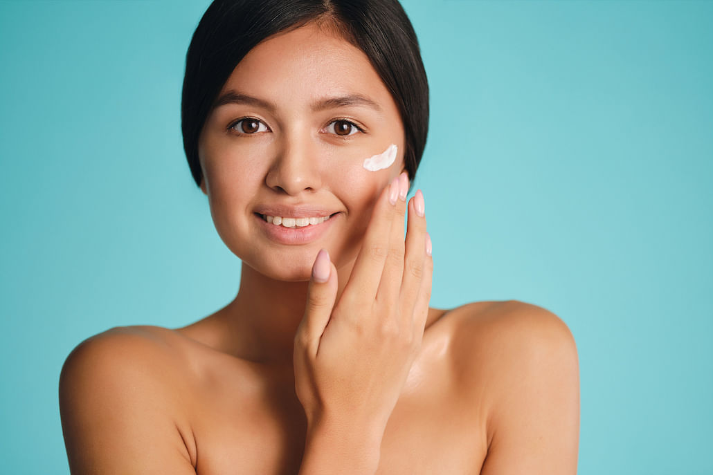 prevent-skin-ageing-7-anti-pollution-skincare-products