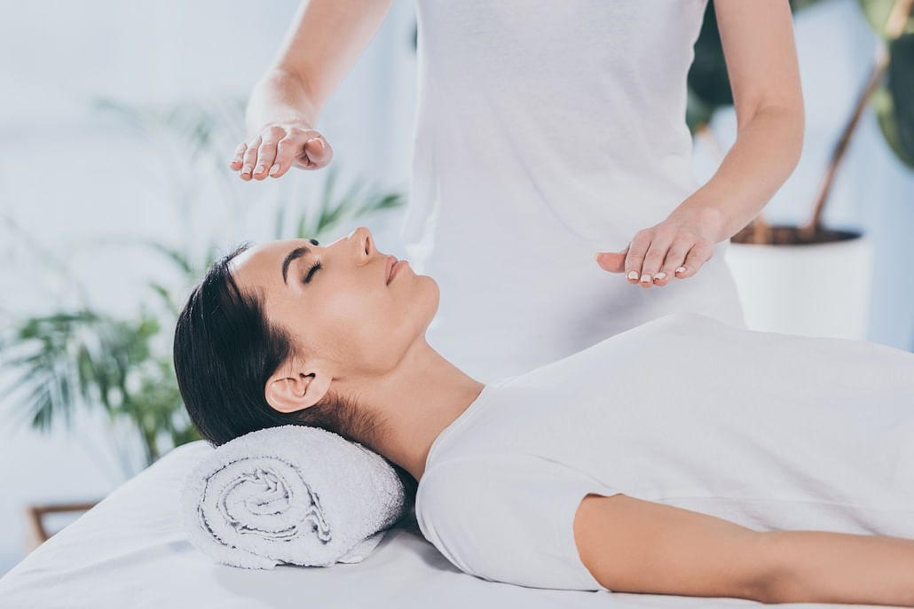 reiki-energy-healing-wellness-therapy-treatment-singapore