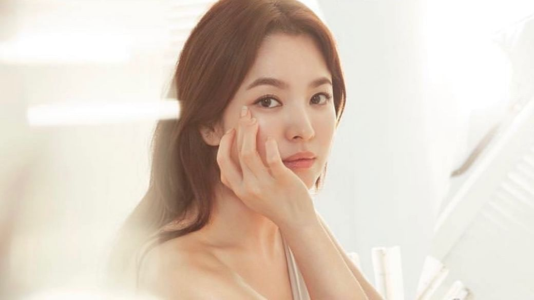 The Best K-Beauty Products For Skip-Care, The Minimalist Skincare Trend