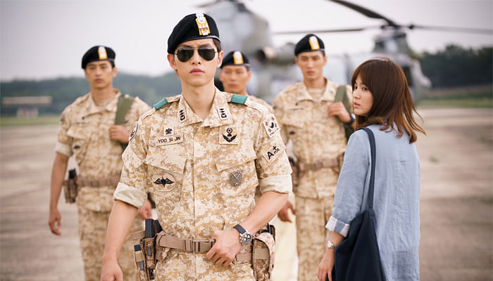 Song Joong Ki in a still from Descendants of hte sun.