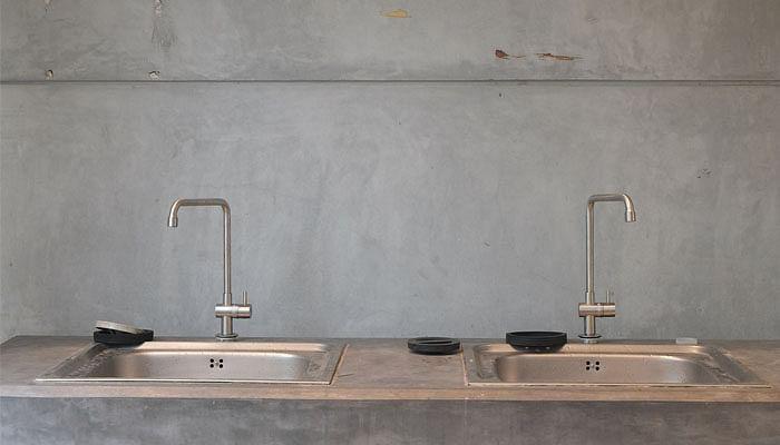 10 Kitchen Habits Making Your Sick_Not Washing Sink