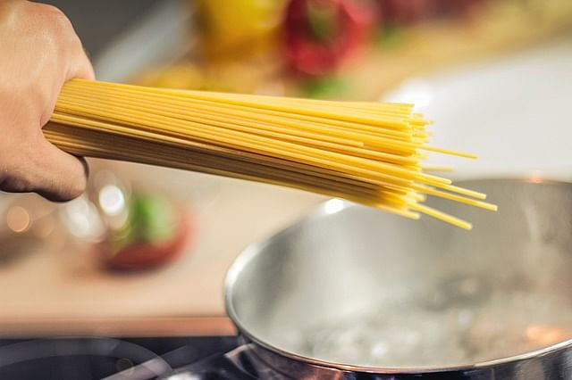 Food Mistakes_Boiling Pasta