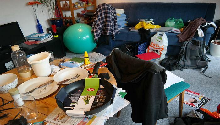 messy room energy