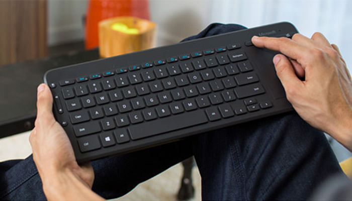 10 Fun Tech Gifts for Dads Below $150_Keyboard