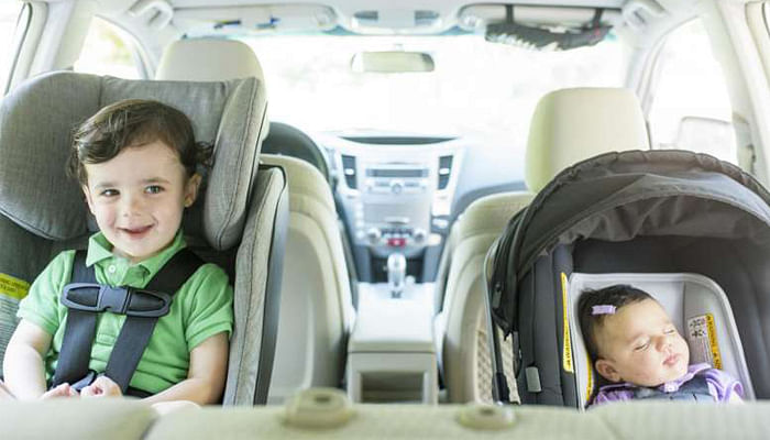 5 Tips for Parents Travelling In Cars with Kids_Car Seat
