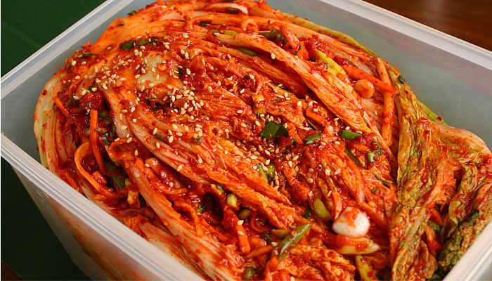 10 Delicious Foods For A Healthy Digestive System_Kimchi