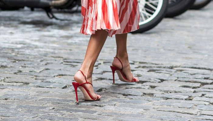 5 TYPES OF SHOES THAT MAKE YOUR LEGS LOOK SLIMMER
