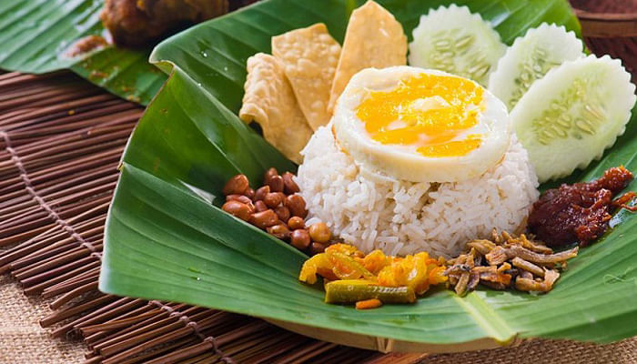 Here's Where to Get Local Food for Only 50 Cents This Weekend_Nasi Lemak