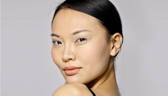 The Secrets to Making Short Asian Lashes Appear Longer - Featured