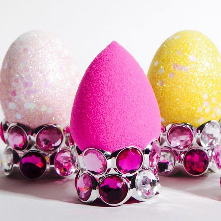 6 Ways You're Using Your BeautyBlender Wrongly