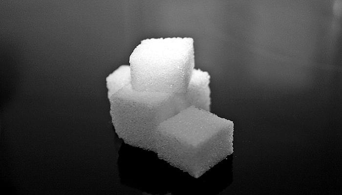 How To Break Your Sugar Addiction_sugar-cube