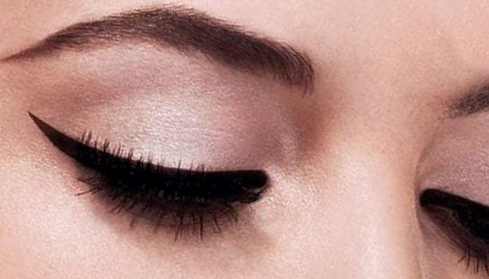 5-easy-hacks-for-perfect-eyeliner_featured-image
