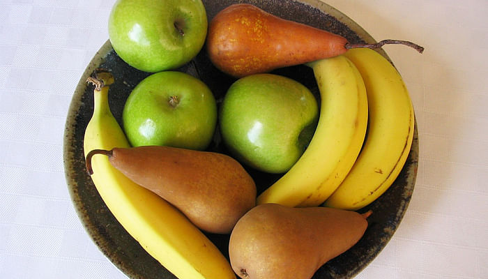 fruit basket - apples, pears and bananas