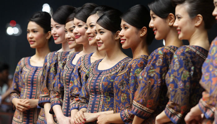 The SQ Girls Guide To Looking Great Even After A Long Flight (Photo From The Straits Times)