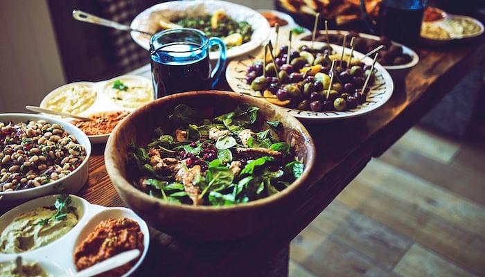 brunch_food-salad_dips_pexels