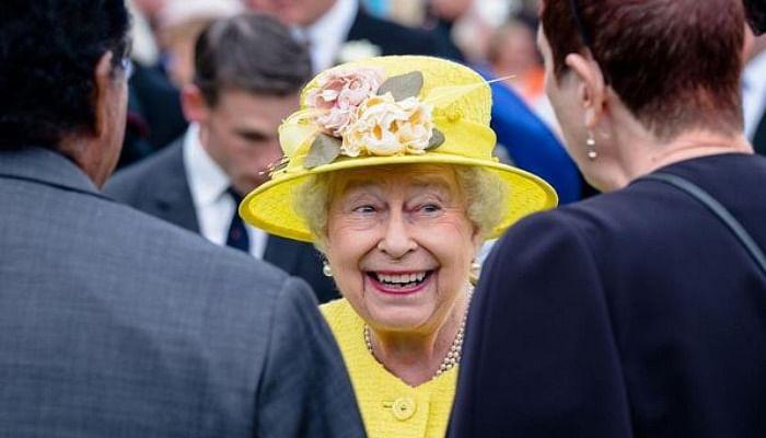 Queen Elizabeth's 15 Best Style Moments6