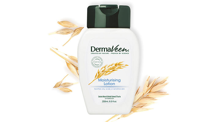 Dermaveen Moisturising Lotion with background