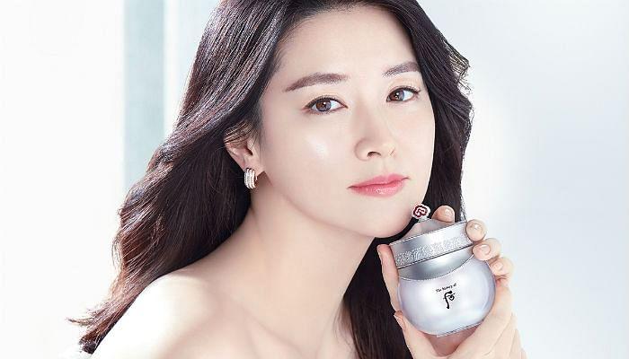 Korean Actress Lee Young-Ae's Secret Formula To Fair, Radiant Skin