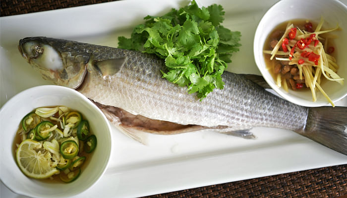 Teochew Steamed Mullet With Tau Cheo And Green Lime, Chilli & Garlic Dips