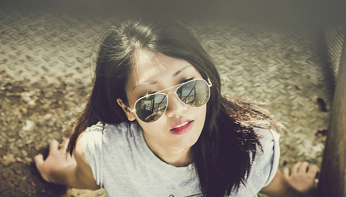 woman-in-the-sun-with-sunglasses-Pixabay