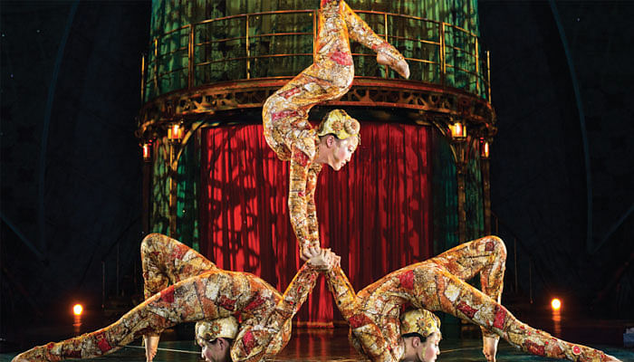 This-Is-How-A-Cirque-du-Soleil-Acrobat-Keeps-Slim-On-The-Road_Featured