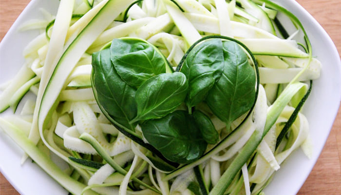 green-vegetables-in-the-shape-of-a-heart