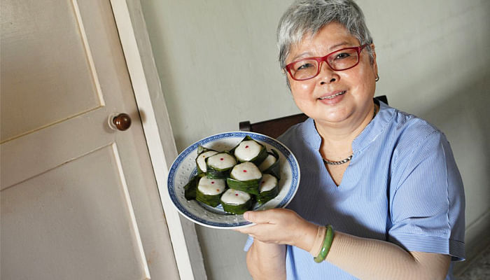 Home-cook-Madam-Ho-Soo-Pong-and-her-Hainanese-kueh-Yi-Bua