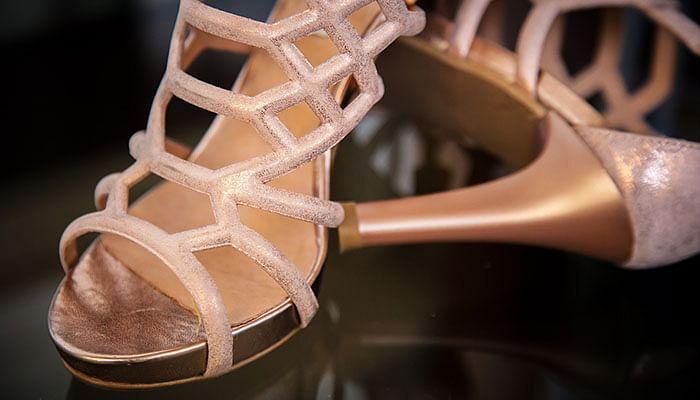 woman-heels-shoes