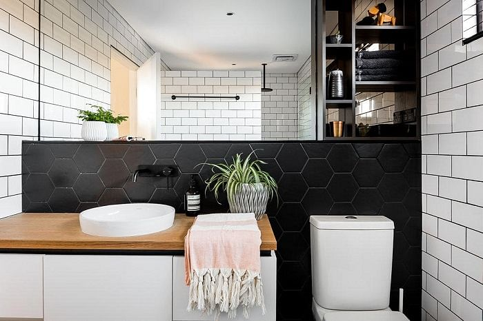 8 Ways To Make Your Small Bathroom Look Bigger And Better