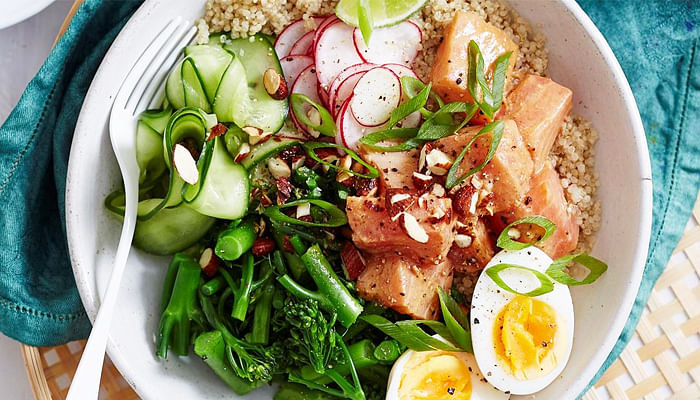 4.-Salmon-miso-and-ginger-poke-bowl