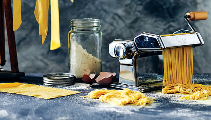 How-To-Prepare-Fresh-Pasta-At-Home-In-6-Steps-SW0318Living-Opener_Pasta_201606063973439471.jpg