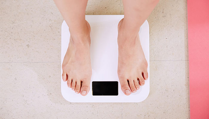 Dieting-Mistakes-That-Could-Result-In-Hair-Loss_Featured