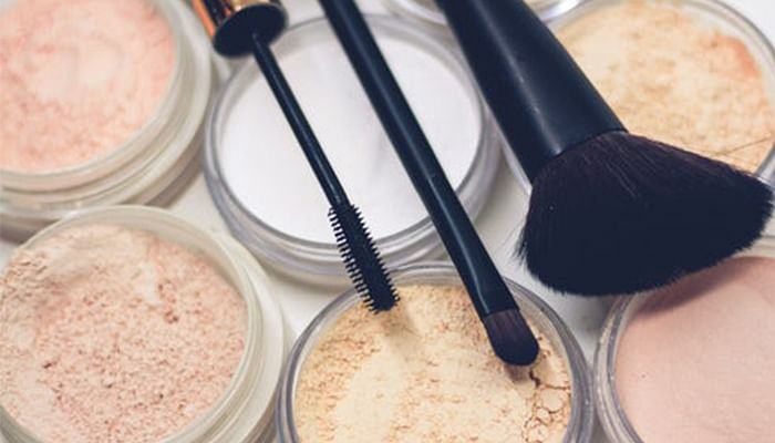 All-The-Tips-And-Hacks-Makeup-Artists-Wish-You-Knew_3