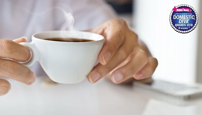 woman-drinking-coffee-tea