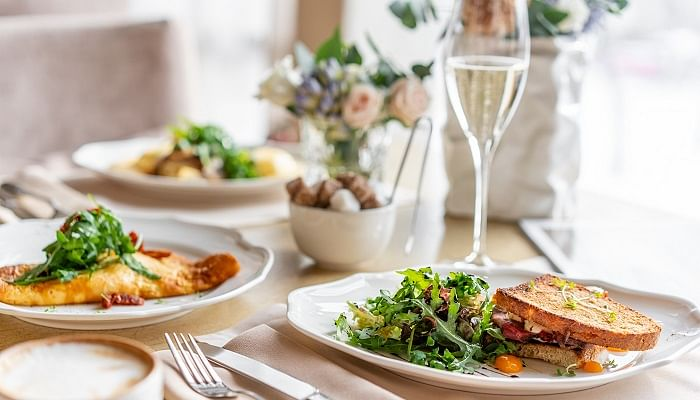 best champagne brunches Singapore